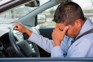 fdvdfgvnejgoehgorcnyht4uu090p1x3onjorbxgejok 300x200 اشتباهات رایج در زمان رانندگی